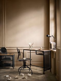 FJÄLLBO, the industrial serie from IKEA! How awesome is this! Fjällbo Ikea, Ikea New, Space Saving Furniture, Home Office Furniture, Cool Furniture, Furniture Ideas, Furniture Removal, Furniture Stores, Ikea Design