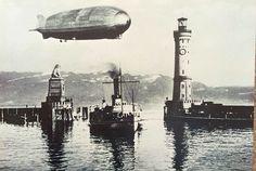 """28.6.1932: Luftschiff LZ 127 """"Graf Zeppelin"""" über der Hafeneinfahrt von Lindau."""