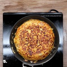 Spanish Omelette Recipe by Tasty Eat Breakfast, Breakfast Recipes, Breakfast Ideas, New Recipes, Cooking Recipes, Sunday Recipes, Simple Recipes, Asian Recipes, Recipies