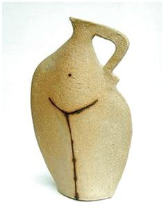 UK based Terri Smart has a secluded pottery studio in Surrey overlooking a garden and fields, and likes to interact with natural world for inspiration. Her evolving sculpture trail winds through fruit trees and a wild flower meadow. Ceramic Pitcher, Ceramic Teapots, Ceramic Pottery, Pottery Art, Ceramic Art, Slab Pottery, Ceramic Bowls, Sculptures Céramiques, Sculpture Art