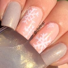 Snowflake Nails, Essie, Nailart