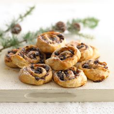 Try this delicious mince pie pinwheels recipe for a tasty treat. Made with Jus-Rol puff pastry and ready in just 20 minutes.