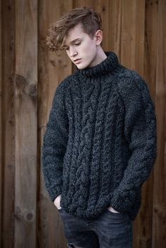 Random guys in knitted sweaters. Mens Roll Neck Sweater, Mens Knit Sweater Pattern, Men Sweater, Chunky Knitting Patterns, Plaid Outfits, Boys Sweaters, Men Design, Well Dressed Men, Knitwear