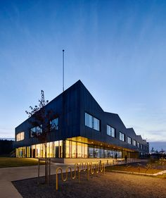 White Arkitekter adds corrugated copper walls to Norway's Bråtejordet School
