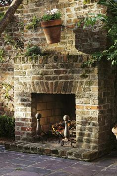 Outdoor fireplace - Better Together Outdoor Baths, Outdoor Rooms, Outdoor Living, Backyard Farming, Backyard Patio, Outside Fireplace, Inside Garden, Brick Patios, Patio Lighting