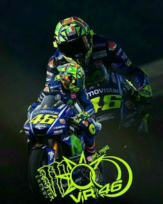 Foto Valentino Rossi, Valentino Rossi Yamaha, Velentino Rossi, Yamaha Motorcycles, Vr46, Moto Bike, Motorcycle Outfit, Super Bikes, Motorcycle Helmets