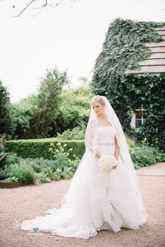 Barr Mansion Bridal photo by Jennifer Weems Photography, Austin Wedding, Bride, Barr Mansion photographer, wedding dress, veil, old house, vintage, Austin Wedding Photographer, Bridal Session