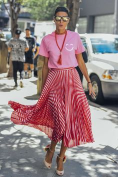 September 13, 2016  Tags Sunglasses, Red, Pink, Pleated, Beige, Stripes, Gucci, Giovanna Battaglia, Silver, Women, Prints, Metallic, Graphic Tees, High Heels, Skirts, Necklaces, T Shirts, New York, Beads, 1 Person, Flowers, SS17 Women's, Brian Atwood