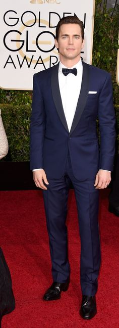 Matt Bomer in a Ralph Lauren Black Label tuxedo at the Golden Globes 2015 Matt Bomer, Groom Attire, Groom And Groomsmen, Groom Dress, Navy Tuxedos, Wedding Tux, Blue Tuxedo Wedding, Wedding Blog, Wedding Dresses