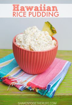 Hawaiian Rice Pudding is loaded with rice, pineapple and coconut, stirred into sweet fluffy whipped topping! It's a perfect classic Summer no bake dessert! Hawaiian Rice, Hawaiian Desserts, Creamy Cucumber Salad, Creamy Cucumbers, Pineapple Coconut, Coconut Rice, Pineapple Art, Rice Pudding Recipes, Rice Puddings