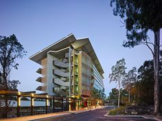 Commendation for Educational Architecture – Sir Samuel Griffith Centre by Cox Rayner Architects. Photo: Christopher Frederick Jones.