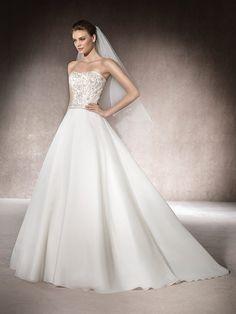 Wedding dress with sweetheart neckline - Marybeth