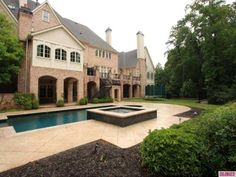 �Chrisley Knows Best� Home For Sale: Take The Tour | betweennapsonthep...