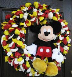 Guirlanda com bexigas e Mickey