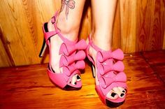 shoes, outfits, pink bow, colors, tattoos, high heel, pink ribbons, bows, heels