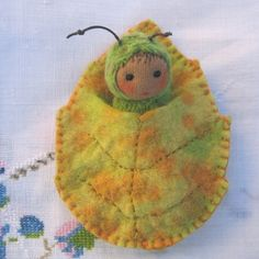 caterpillar in a leaf / i love everything created by zuzuspetal!