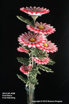 Quilled Freestanding  First Place at 2012 UK AGM by Roxann Dragula