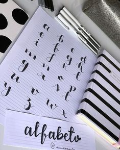 4 Reasons to Learn Handwriting – Improve Handwriting Bullet Journal Headers, Journal Fonts, Bullet Journal Notebook, Bullet Journal School, Bullet Journal Ideas Pages, Bullet Journal Inspiration, Journaling, How To Write Calligraphy, Calligraphy Letters