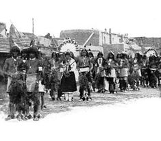 Check out this site for interesting facts about the Pueblo tribe. Food, clothing, homes, weapons, chiefs and culture of the Pueblo. Interesting facts about the Pueblo nation of the Southwest. Pueblo Tribe, Dada Art, Pueblo Indians, University Of Denver, Creation Myth, Sand Painting, Austro Hungarian, Indian Tribes, Lost City
