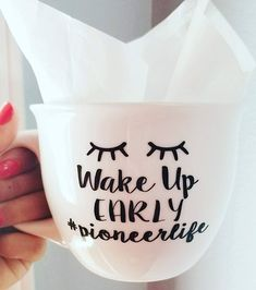 This Wake Up Early Mug is the perfect JW gift! This mug makes a great Pioneer Gift, either to a new pioneer or to one that has been serving for a while :) UNDER OPTIONS... Please pick the color youd like the text to be in (Wife Mom Pioneer). **Color of DESIGN may be altered at