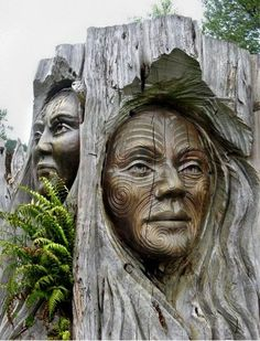 Maori Carvings, New Zealand.amazing robintelford Maori Carvings, New Zealand.amazing Maori Carvings, New Zealand. Land Art, Lake Taupo New Zealand, Sculpture Art, Sculptures, Driftwood Sculpture, Maori Art, Tree Carving, Tree Art, Oeuvre D'art