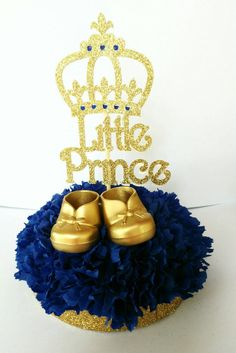 It's A Princewelcome little Prince royal baby shower Deco Baby Shower, Fiesta Baby Shower, Shower Bebe, Baby Boy Shower, Baby Shower Gifts, Baby Party, Baby Shower Parties, Baby Shower Themes, Shower Ideas