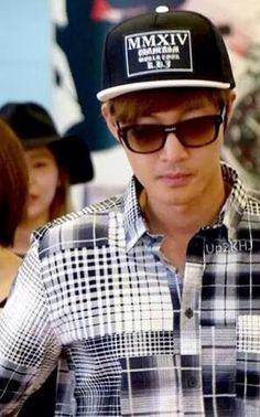 Kim Hyun Joong 김현중 ♡ hat and sunglasses ♡ Kpop ♡ Kdrama ♡