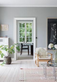 Det er købt med hjertet Hanging Canvas, Living Spaces, Living Room, Interior Decorating, Interior Design, Scandinavian Living, Modern Kitchen Design, Cozy Living, Home Look