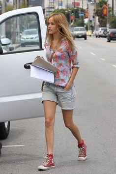 Lovely Isabel Lucas