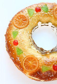 Tortell de Reis. Pastís típic del dia 6 de gener, dia dels Reis Màgics. #Catalunya