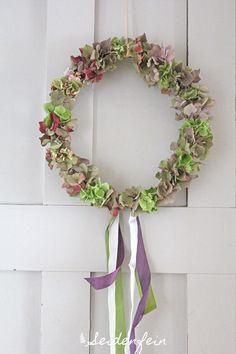 * Hydrangeas wreath for the door Door Wreaths, Grapevine Wreath, Hydrangea Wreath, Craft Corner, Grape Vines, Shapes, Crafty, Prints, Diy