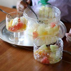 Fruit punch on the Nuurajarvi vintage Flora and iittala Flora glasses.