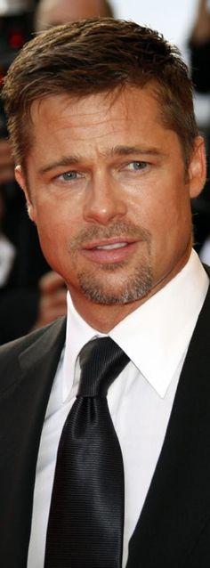 Brad Pitt @Dior HOMME! {eROCK CONCERT} SIZE 38 - 42 / SUIT 48  DESIGNER: ALEXANDER V WESLEY