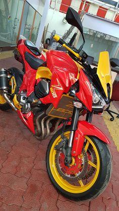 Kawasaki z800 custom painted