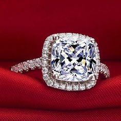 3 Ct. Princess Cushion Cut VVS2 / G Diamond Engagement Ring + gift