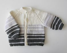 Items similar to Baby jacket with strawberry handknitted / size on Etsy - Hand knitted baby cardigan - Crochet For Boys, Knitting For Kids, Crochet Baby, Hand Knitting, Baby Clothes Patterns, Baby Knitting Patterns, Baby Patterns, Knitted Baby Cardigan, Knitted Baby Clothes