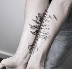 Matching tattoo of a tree on both forearms. One side signifies spring or summer, and the other side winter or autumn. Tattooed by Maria Fernandez Bff Tattoos, Hand Tattoos, Trendy Tattoos, Forearm Tattoos, Black Tattoos, Body Art Tattoos, Small Tattoos, Rose Tattoos, Tatoos