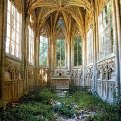 Abandoned places have always fascinated me. They seem to exist in a kind of suspended dreamworld left behind after the people who used to inhabit them left. They're mysterious and they make me to wonder about what might have happened back when these places were full of life.