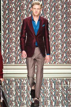 See the complete Ermenegildo Zegna Spring 2013 Menswear collection.