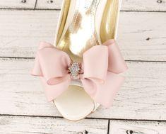 wedding shoe clip bridal shoe clip bow shoe clips by GadaByGrace