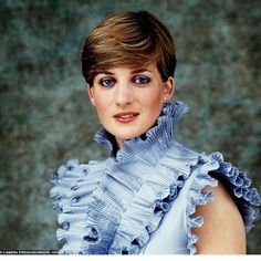 Timeless inspiration #DianaSpencer #LadyDianaSpencer #PrincessDiana