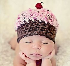 Adorable lil baby hat! AW! adriennelucky