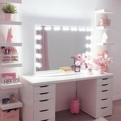 30 Beautiful Glam Room Ideas - The Wonder Cottage Cute Bedroom Decor, Bedroom Decor For Teen Girls, Teen Room Decor, Stylish Bedroom, Room Ideas Bedroom, Ikea Teen Bedroom, Mirror For Bedroom, Desk With Mirror, Bedroom Ideas For Teens