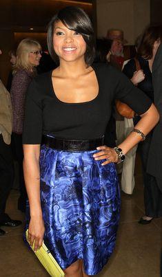 Taraji P. Henson Knee Length Skirt - Taraji looks colorful in a blue high-waisted oil print skirt at the Cenematographers Guild Awards.