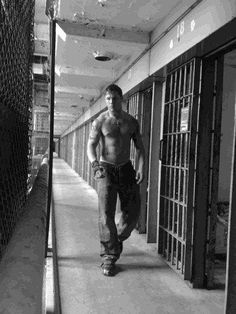 tom hardy - you are hot!