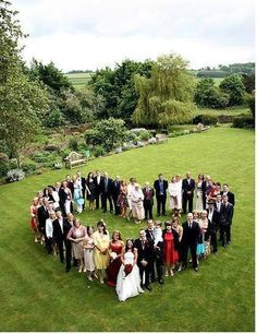 We are so taking a pic like this with our guests!