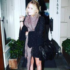 "215 Likes, 1 Comments - Mary-Kate & Ashley Olsen (@marykateandashleyo) on Instagram: ""20/09/2008 - MARY-KATE AT TOSCANA RESTAURANT IN BRENTWOOD  Image from: olsensobsessive.com…"""