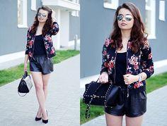 10 Outfits con flores para primavera