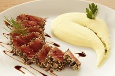 Tuna com Purê de Wasabi