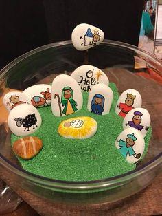 - Nativity Diy How to Make Christmas Rock, Christmas Nativity Scene, Christmas Holidays, Christmas Decorations, Christmas Ornaments, Nativity Scenes, Stone Crafts, Rock Crafts, Nativity Crafts